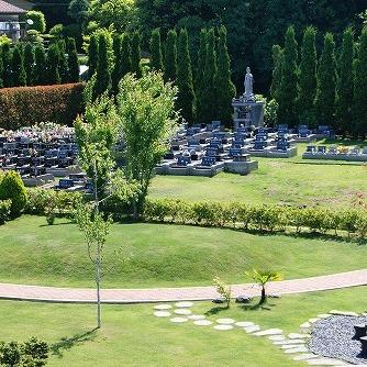 墓地および万霊塔